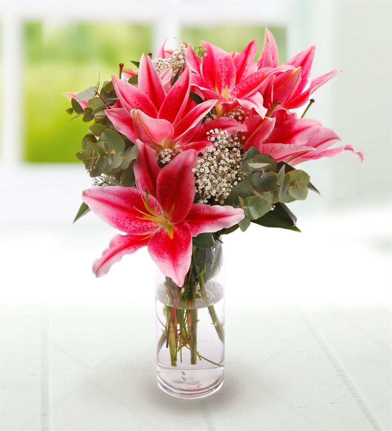 Gorgeous Pink Lily Bouquet Kc143534
