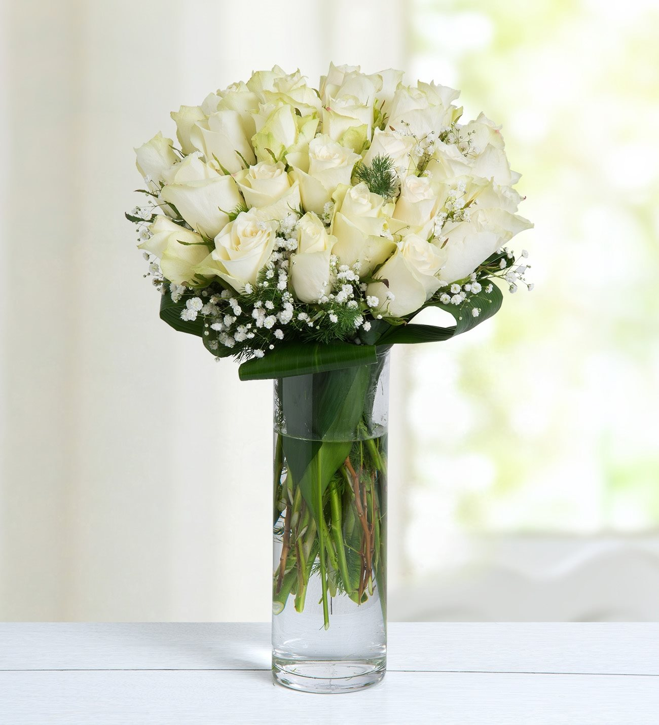 Winter Breeze 30 White Roses