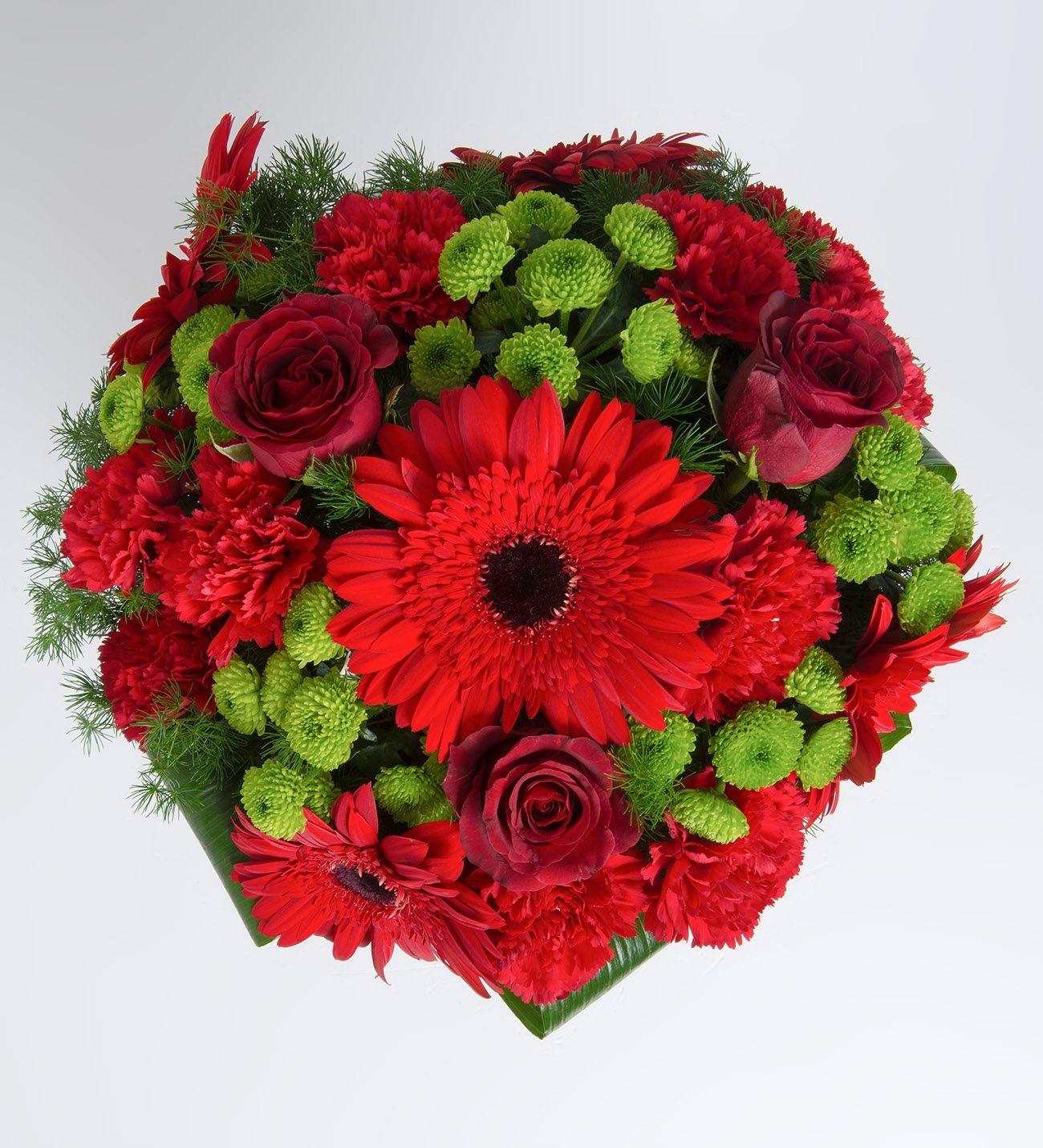 Carnations gerberas and roses red cute izmirmasajfo
