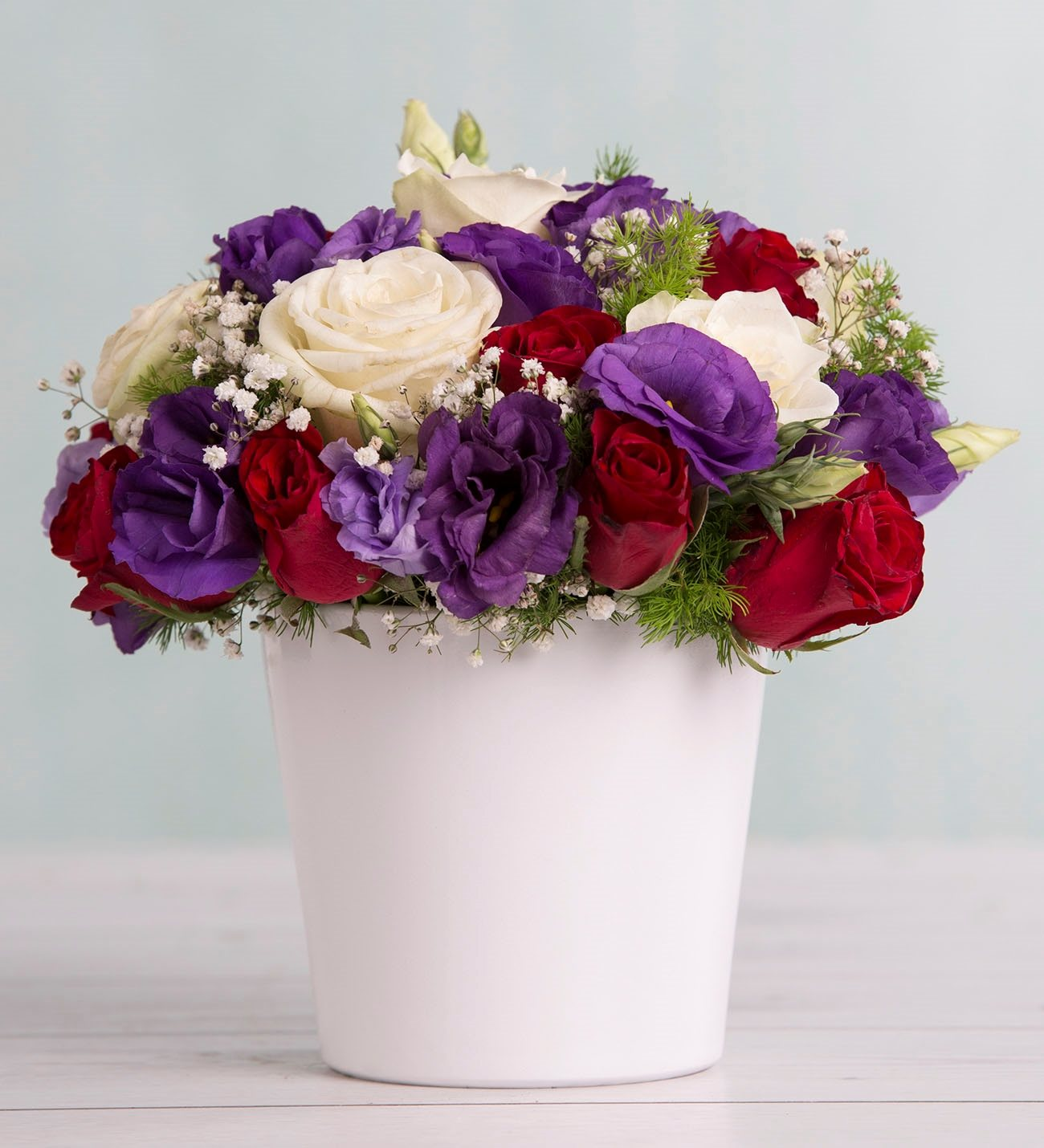 roses and lisianthus - simply cute