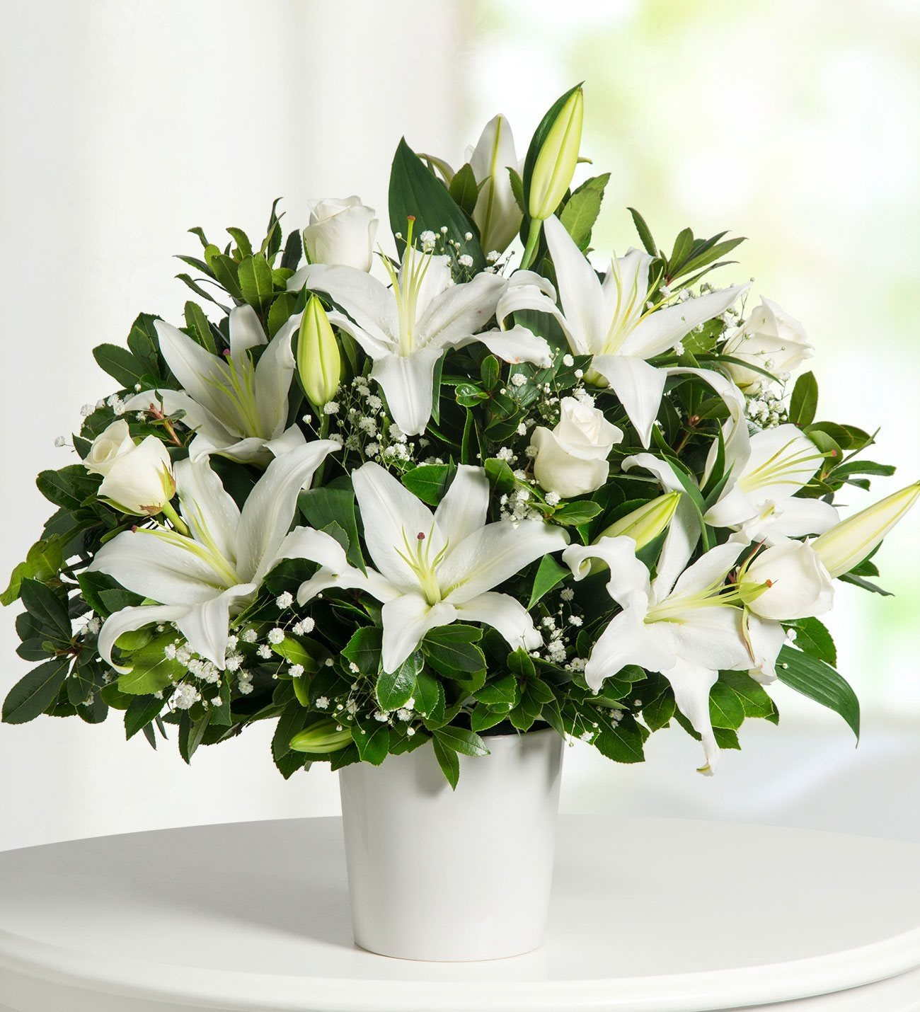 Lolaflora international flower delivery service lilies and roses peaceful hug izmirmasajfo